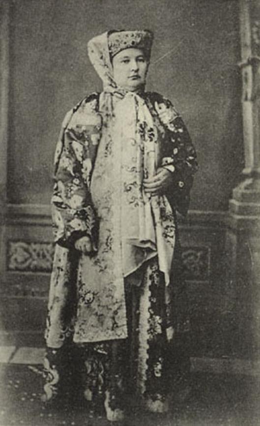Baba (woman) of Russian Cossacks / Kazaks in Urals / Баба (женщина) Русских Казаков Урала.