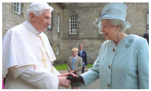 Педофил Папа Бенедикт и сатанистка Королева Елизавета